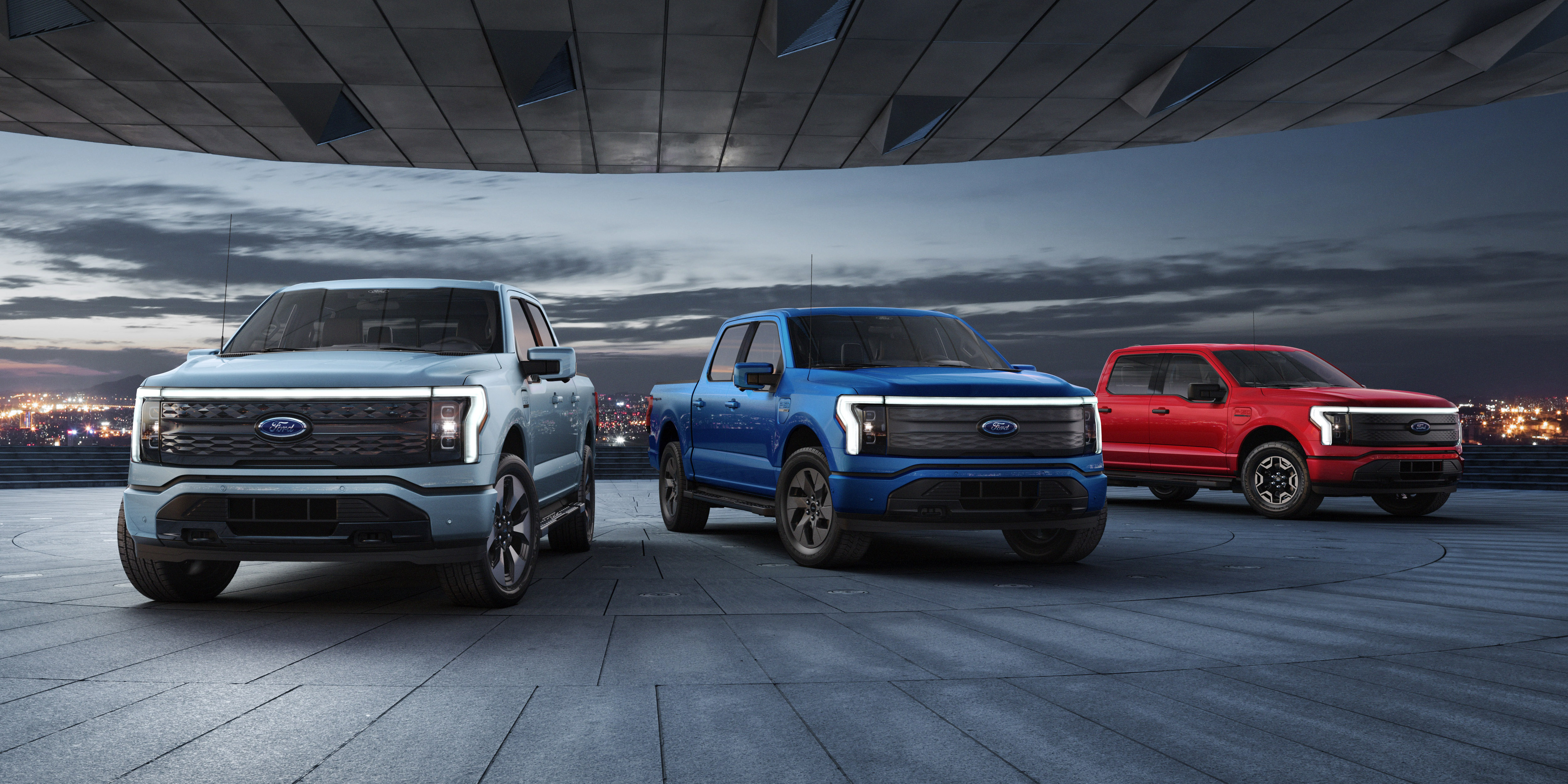 Ford F150 Lightning electric pickup has now 130,000 reservations — is it good or bad? thumbnail