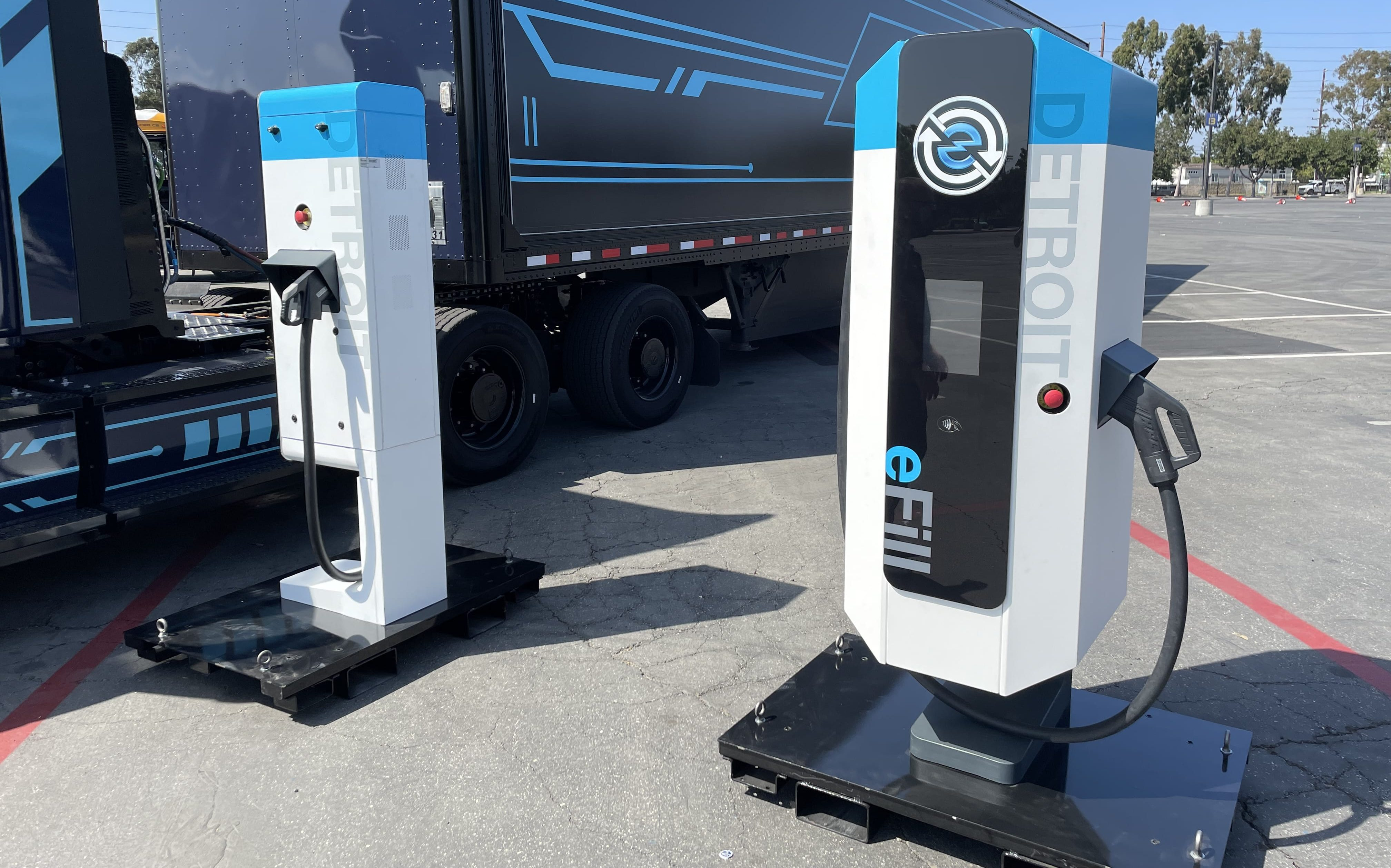 daimler electric truck charger
