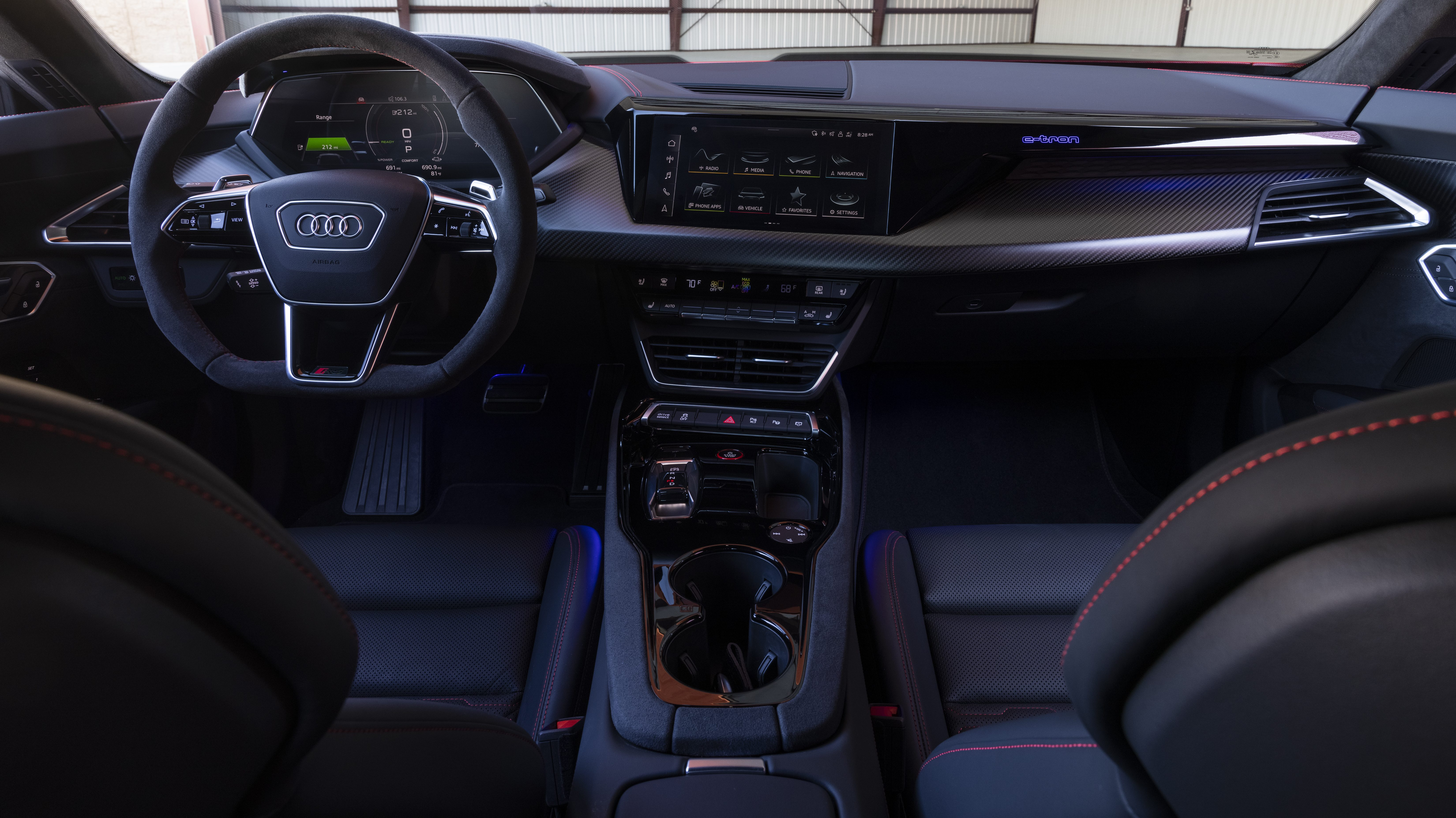Audi RS e-tron GT dashboard