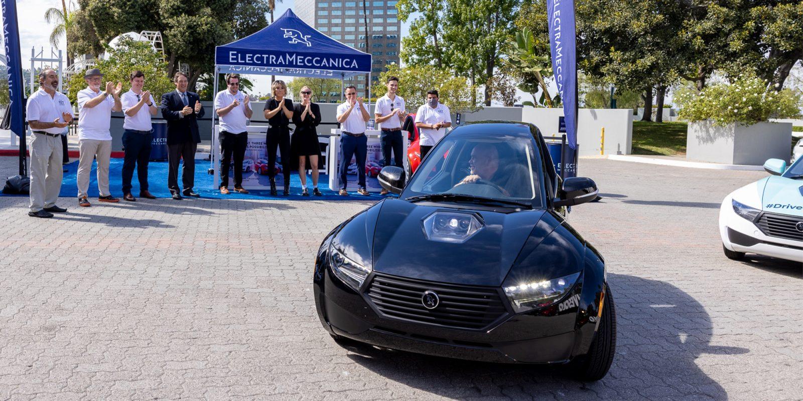 ElectraMeccanica begins customer deliveries of its SOLO EV